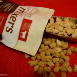 How to Feed Your Dog Raw Protein Without the Muss or Fuss #MixItUp